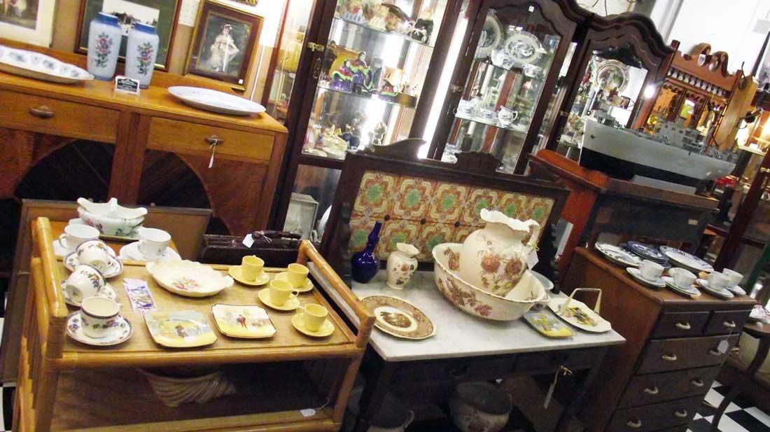 antiques-brisbane-bayside
