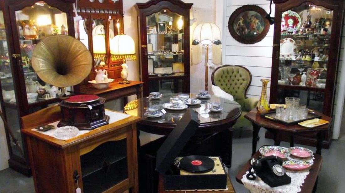 Bayside-Antique-Shop
